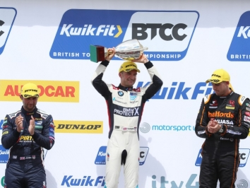 Podium-Jordan-Turkington-Cammish-2