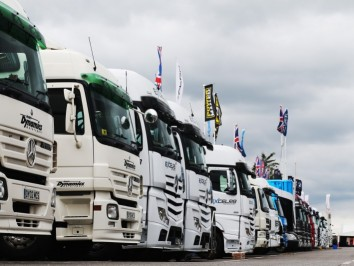 Trucks-02