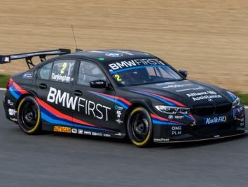 BTCC-Test-Day-2-at-Brands-Hatch-1498