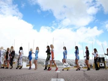 Grid Girls-2