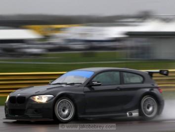 Thruxton Test (images ©www.jakobebrey.com)