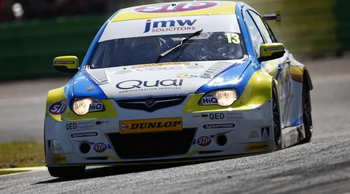 Dan Welch (GBR) Welch Motorsport Proton Persona